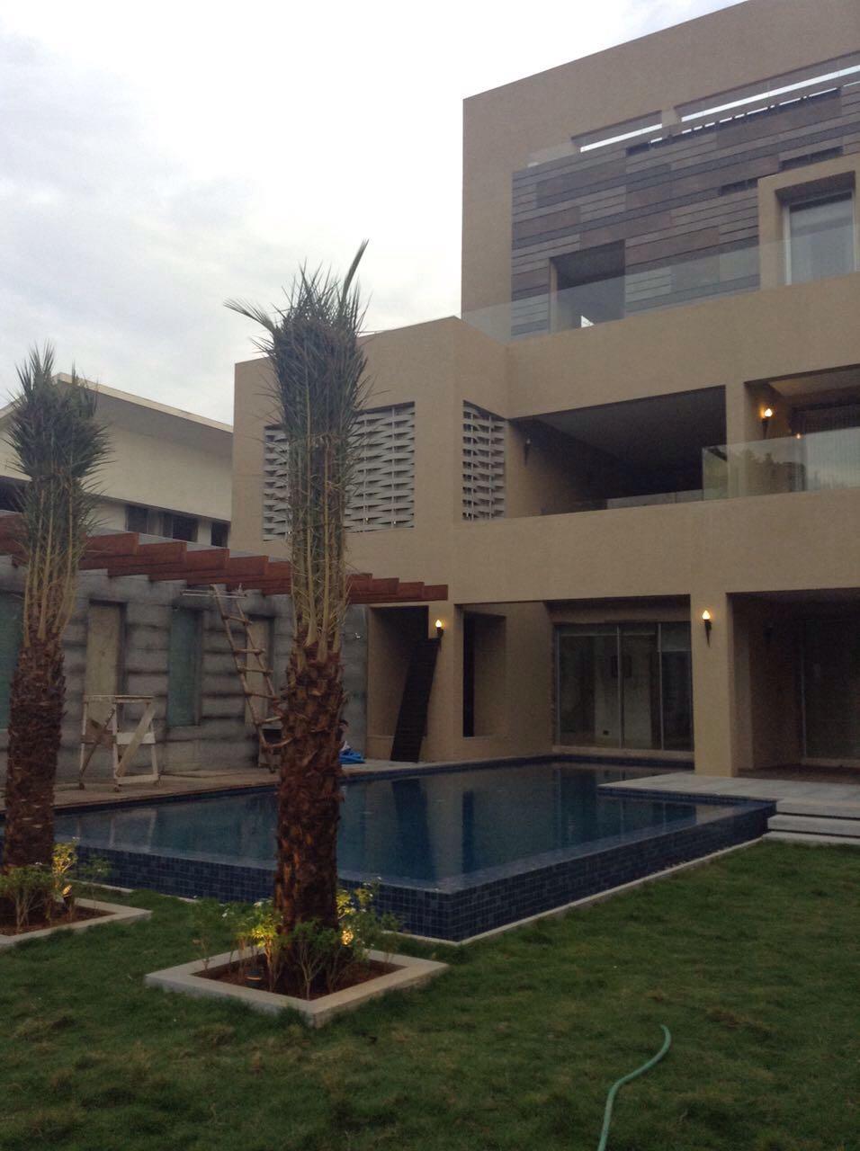 Bungalow with Swimming pool for sale in ECR, Akkarai ...